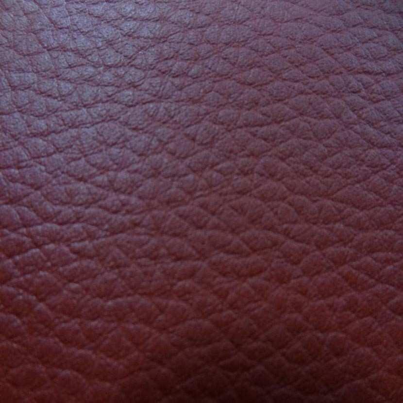 Simili cuir bordeaux en 1 40m de large5