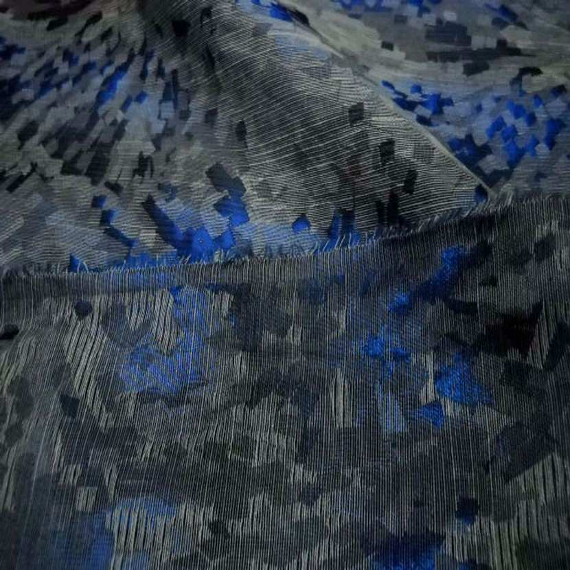 Style taffetas faconne ton bleu gris2