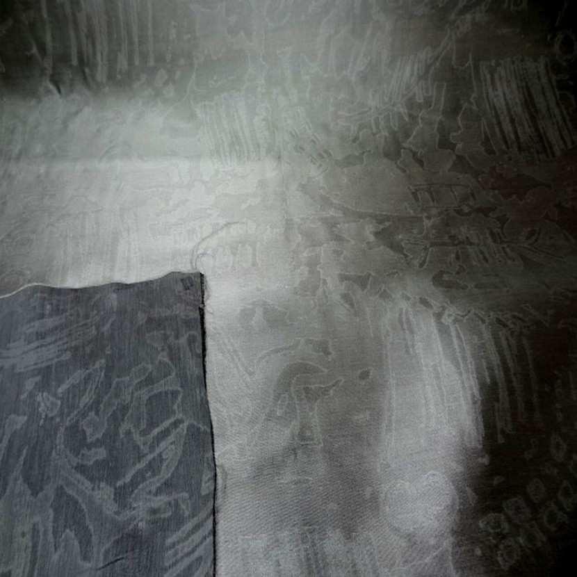 Taffetas 100 soie gris faconne1