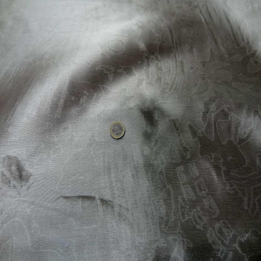 Taffetas 100 soie gris faconne2