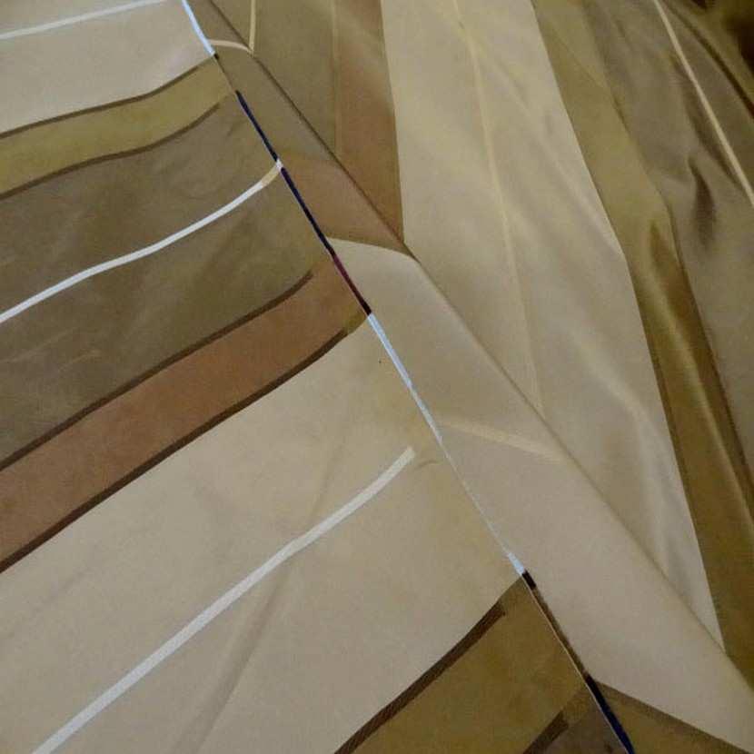 Taffetas a bandes ton beige kaki taupe en 3 20m de l2