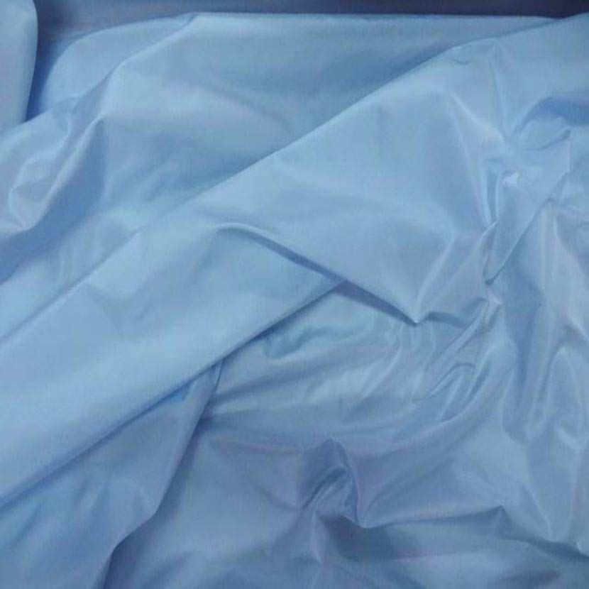 Taffetas bleu clair a reflets4