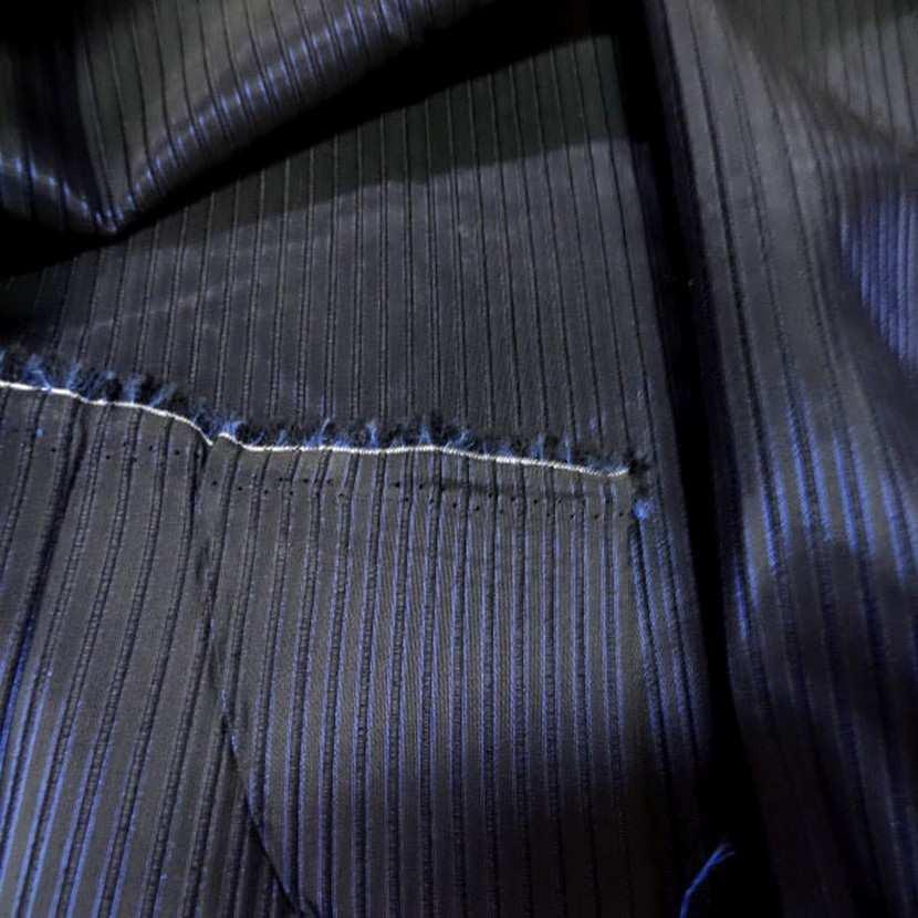 Taffetas bleu nuit faconne bande surbrode3