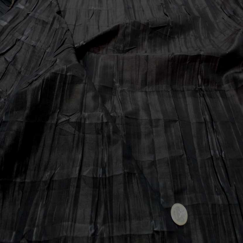 Taffetas changeant plisse permanent noir reflets marron0