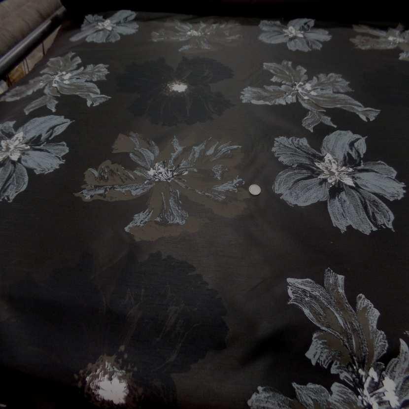 Taffetas d ameublement changeant marron noir imprime grosses fleurs taupe gris9