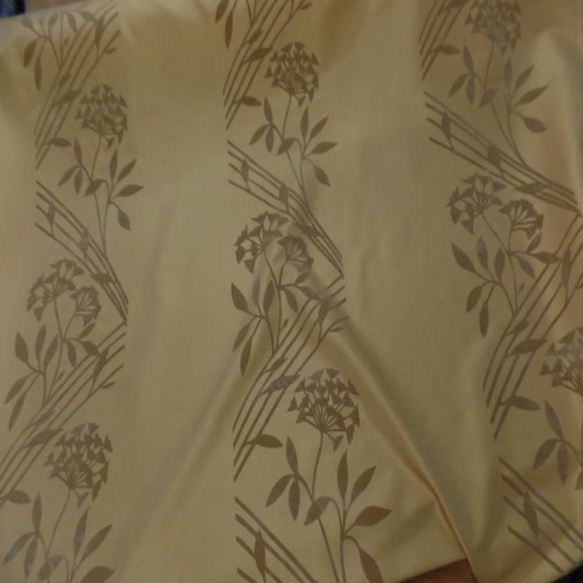 Taffetas d ameublement jaune safran a motifs decore aspect velours taupe0