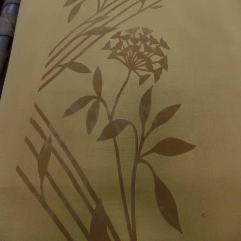 Taffetas d ameublement jaune safran a motifs decore aspect velours taupe5
