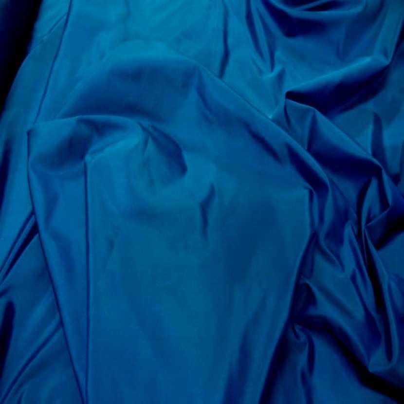 Taffetas de soie 100 bleu changeant4
