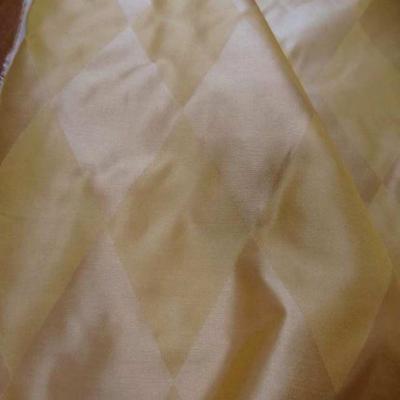 Taffetas de soie dessin arlequin ton jaune en 1 45m de l