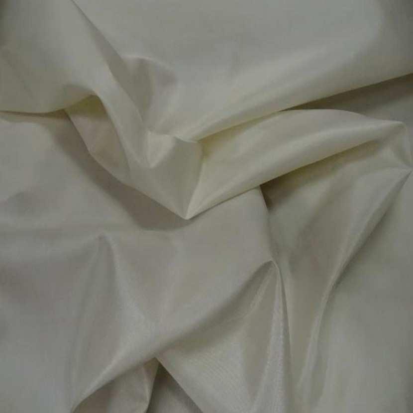 Taffetas de soie ecrue1