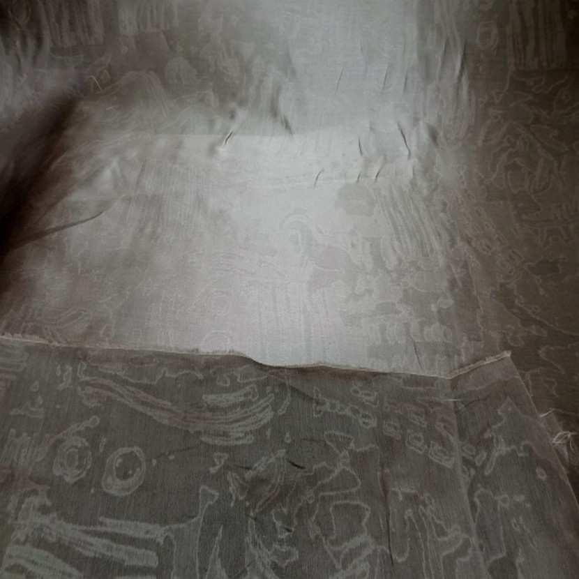 Taffetas de soie faconne vieil or5