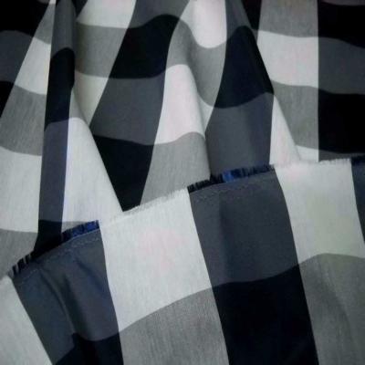 Taffetas faconne carreaux ton bleu gris blanc