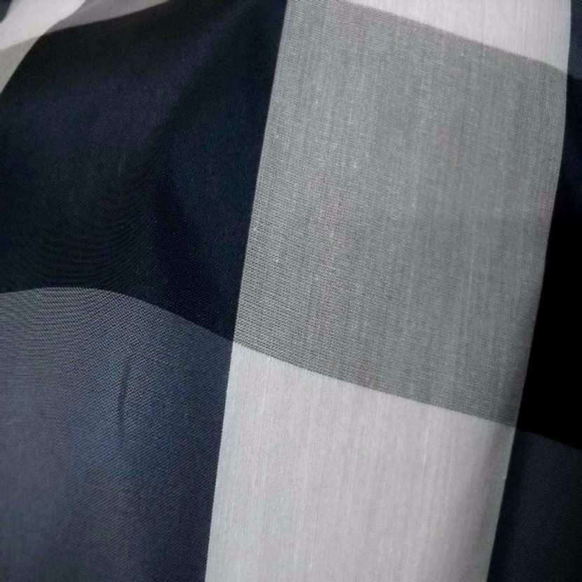 Taffetas faconne carreaux ton bleu gris blanc7