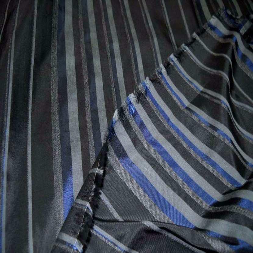 Taffetas faconne rayures ton bleu gris6
