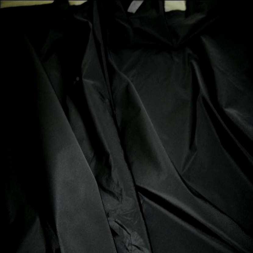 Taffetas noir en 1 50m de large9