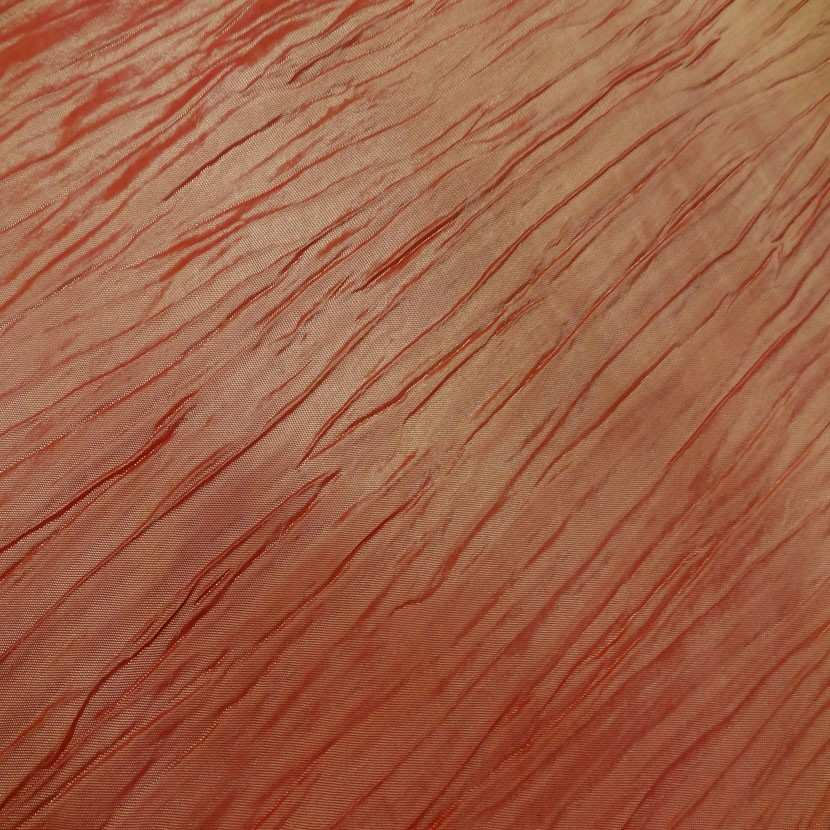 Taffetas plisse changeant rouge reflets jaune6