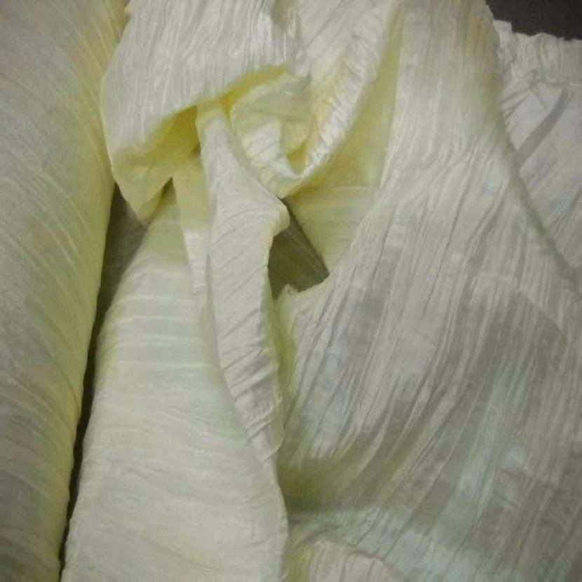 Taffetas plisse permanent ton jaune0