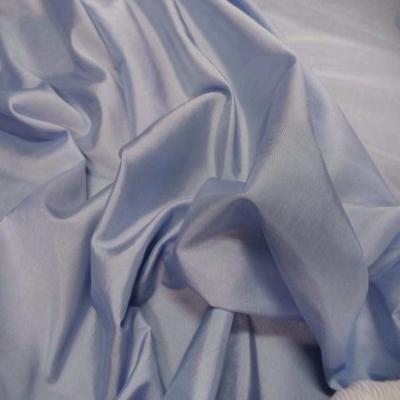 Taffetas souple bleu reflets blanc
