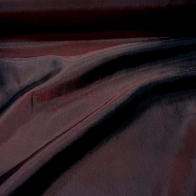 Taffetas souple bordeaux changeant rouge noir7