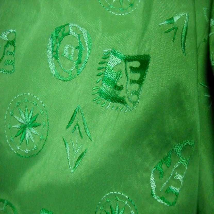 Taffetas vert a motifs brodes5