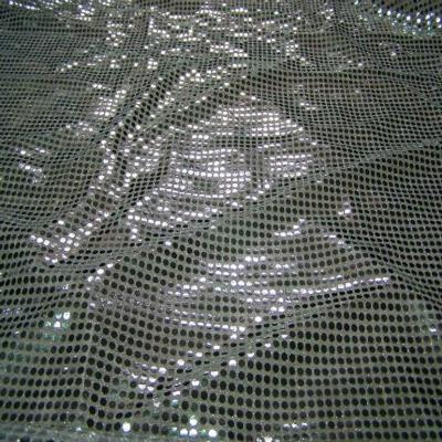 Tissu blanc turquoise a paillettes ronde gris metal8