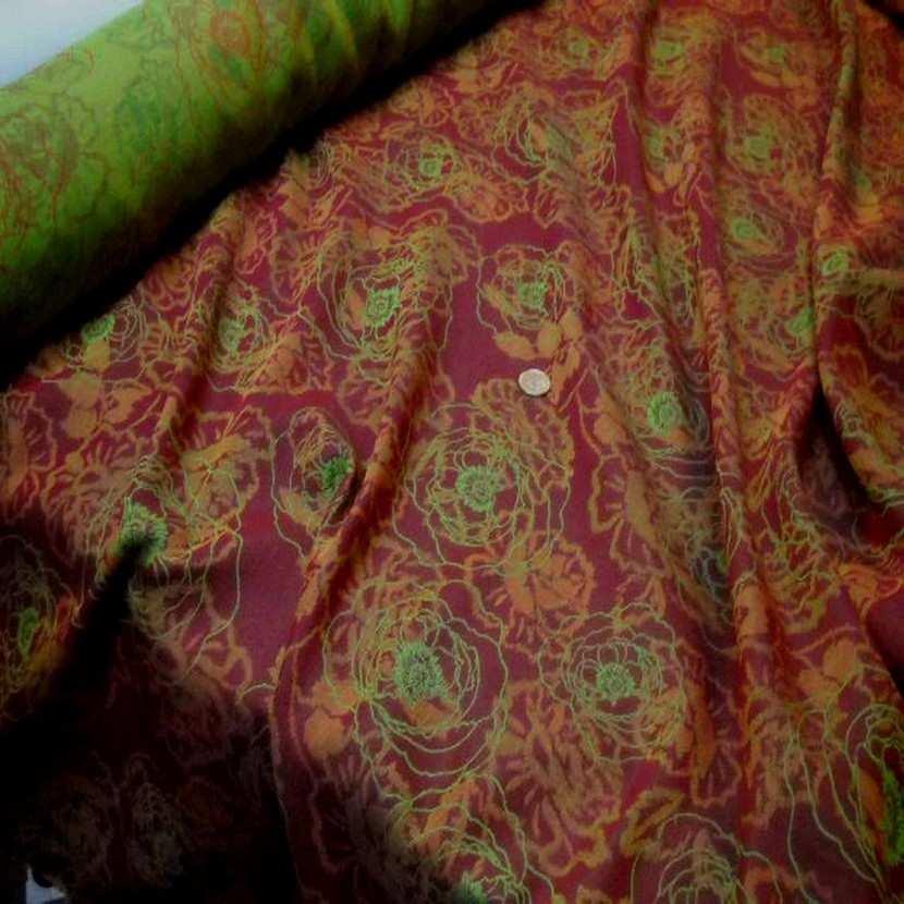 Tissu coton melange ton anis bordeaux2