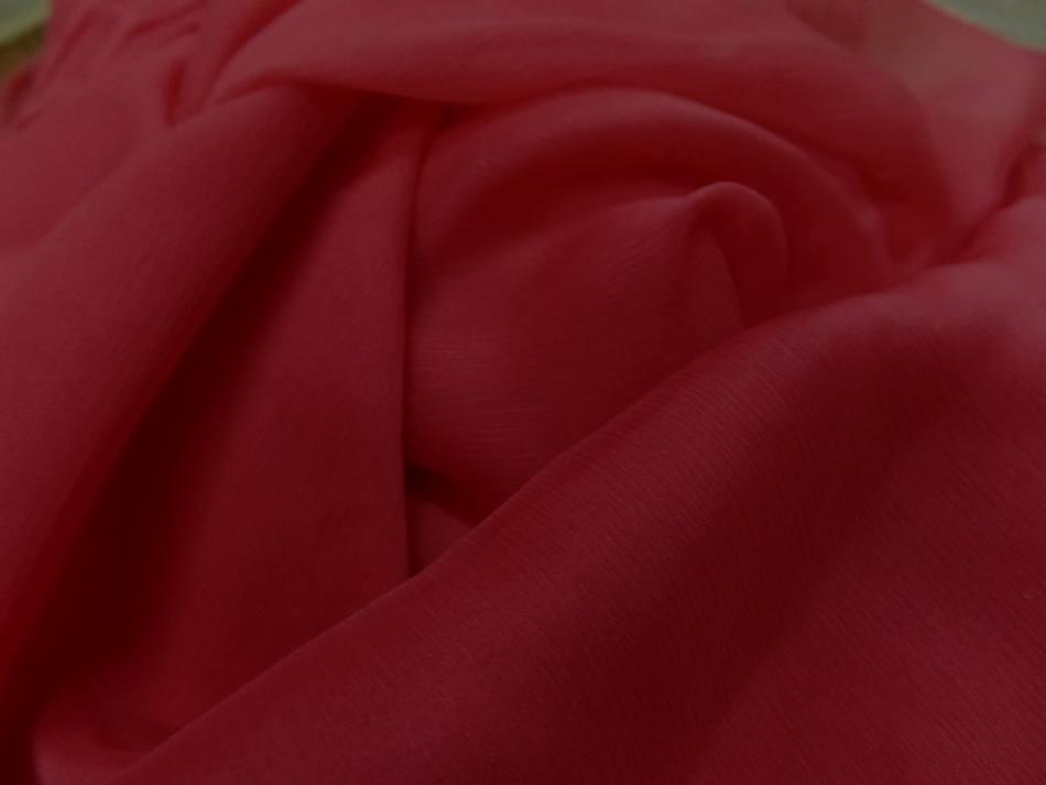 Tissu coupon de 5m de mousseline de soie crepon ton rouge