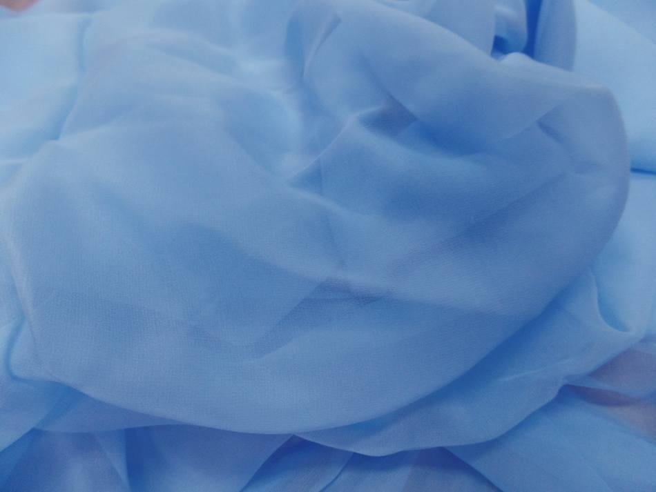 Tissu coupon de mousseline de soie bleu ciel3