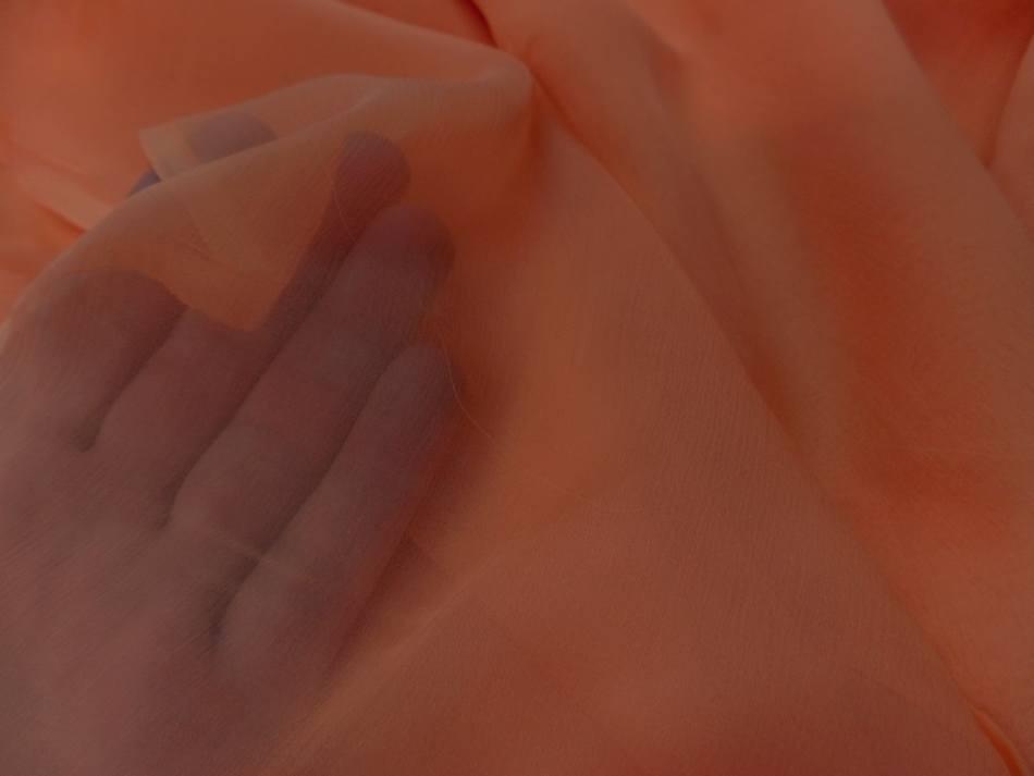 tissu coupon de mousseline de soie saumon