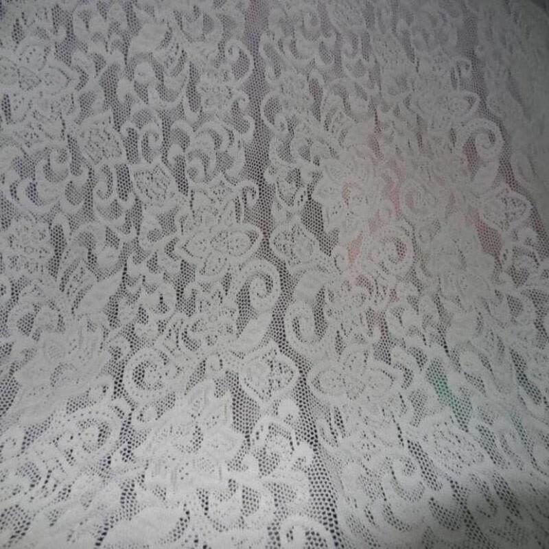 tissu dentelle lycra blanche