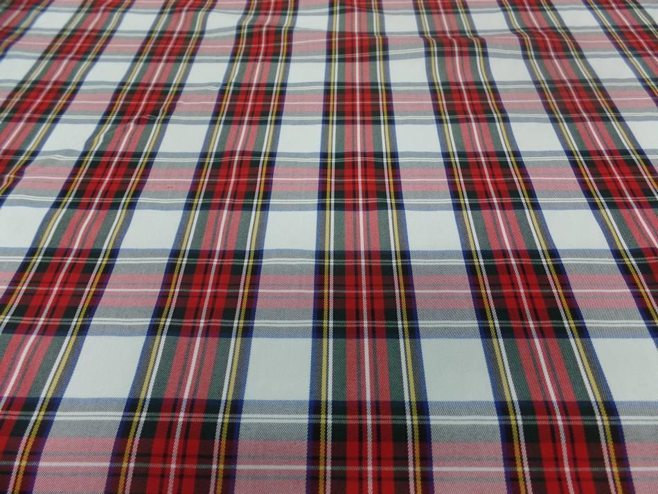 Tissu ecossais blanc vert bleu rouge22