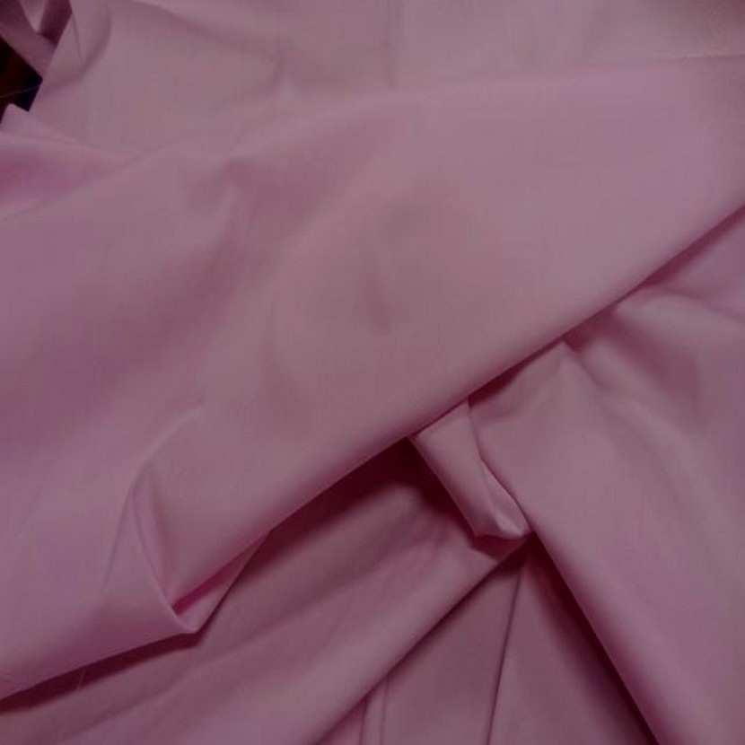 Tissu fin lycra dans la largeur ton rose poudre2