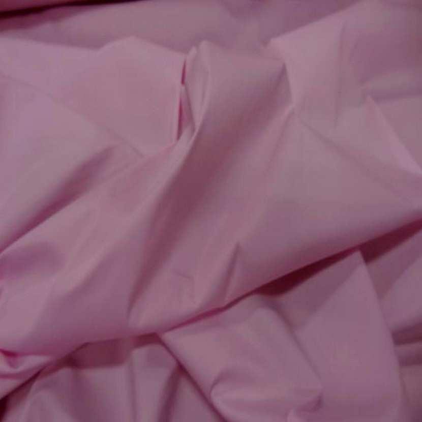 Tissu fin lycra dans la largeur ton rose poudre6