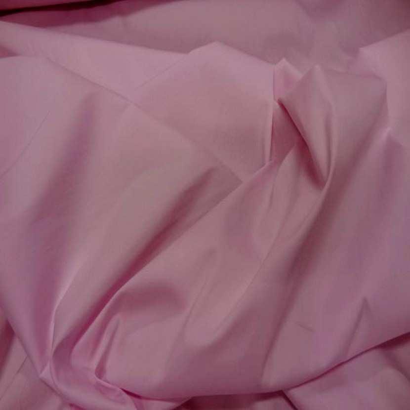 Tissu fin lycra dans la largeur ton rose poudre62
