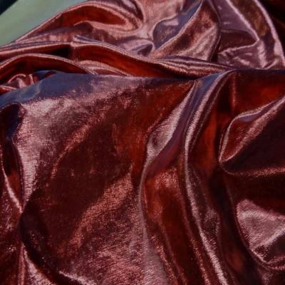 Tissu lame rouge noir