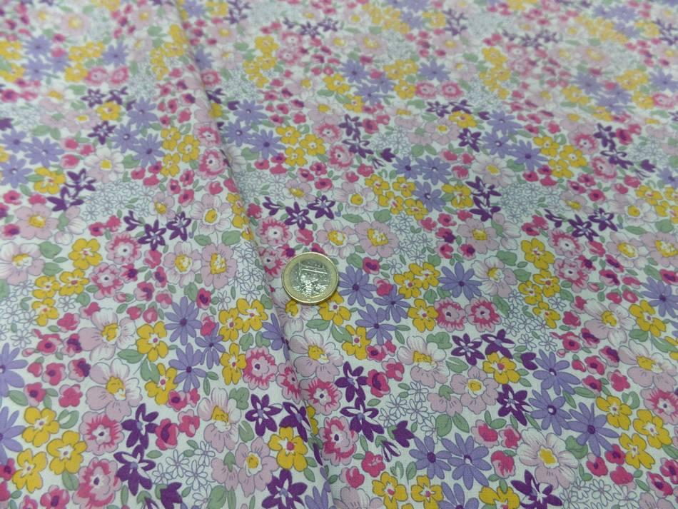Tissu popeline coton blanche imprime liberty fleurs mauve vert jaune et rose8