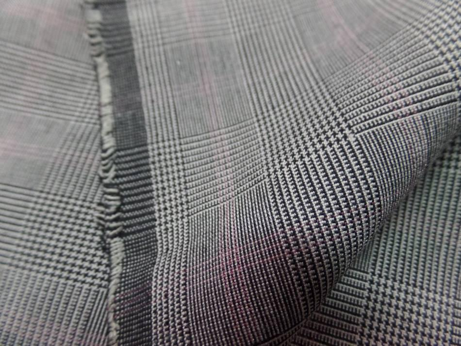 Tissu prince de galles ton gris en 1.45m de large ,