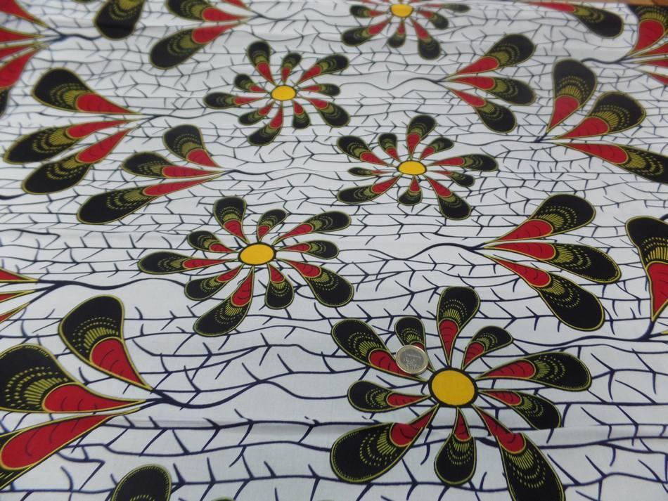 vente de Tissu wax blanc imprimé fleurs ton bordeaux noir jaune soleil en ligne