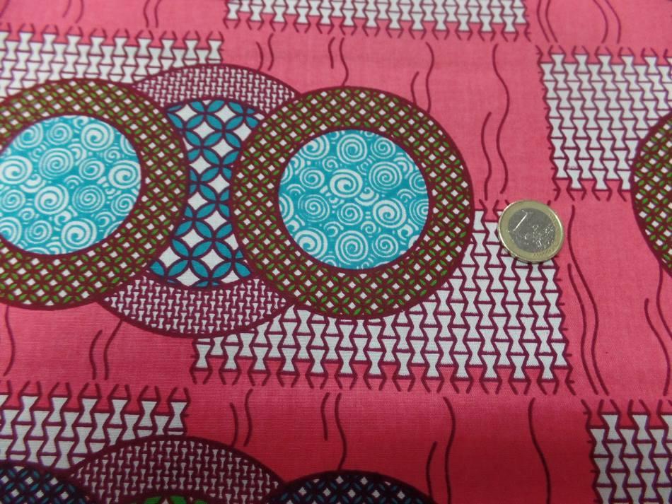 vente de tissu wax rose a motifs rond ton blanc ,bleu ,vert ,bordeaux au mètre