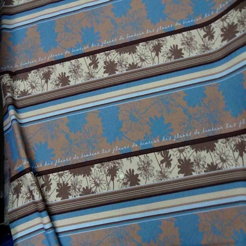 Toile coton imprime a motifs beige marron bleu7