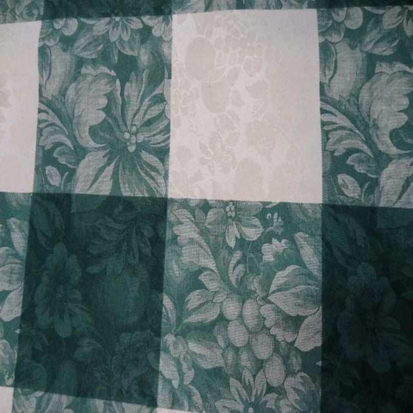 Toile de coton damasse imprime blanc vert en 3m de large6