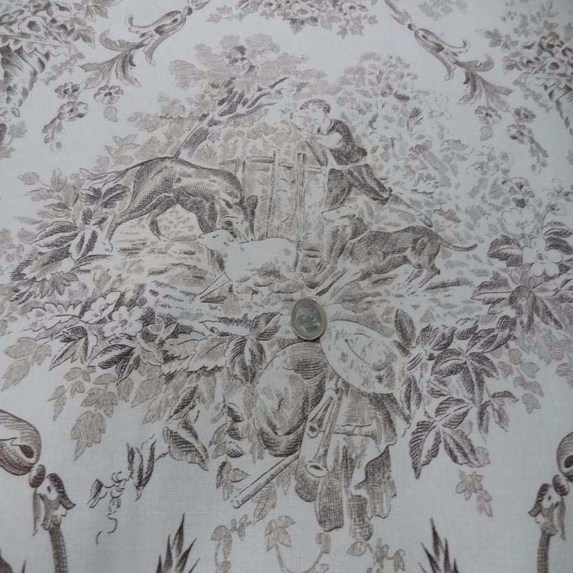 Toile de jouy blanc casse imprime marron4