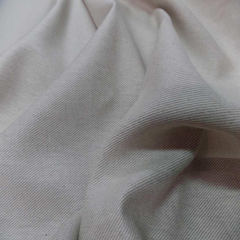 Toile de lin tisse serge ton blanc casse naturel3