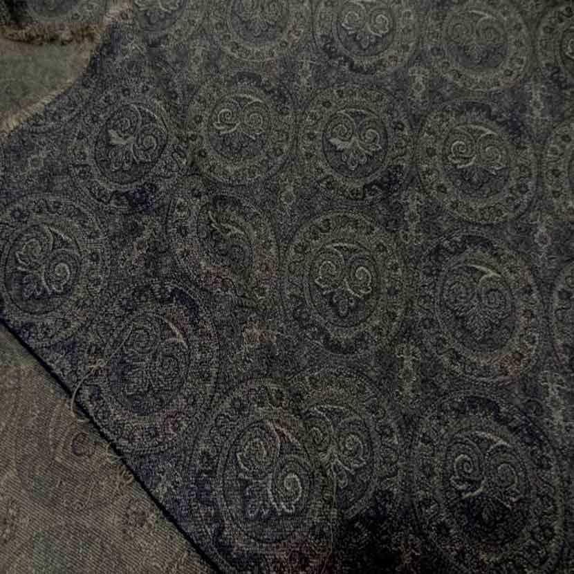Toile en coton legere d ameublement motifs medaillons3