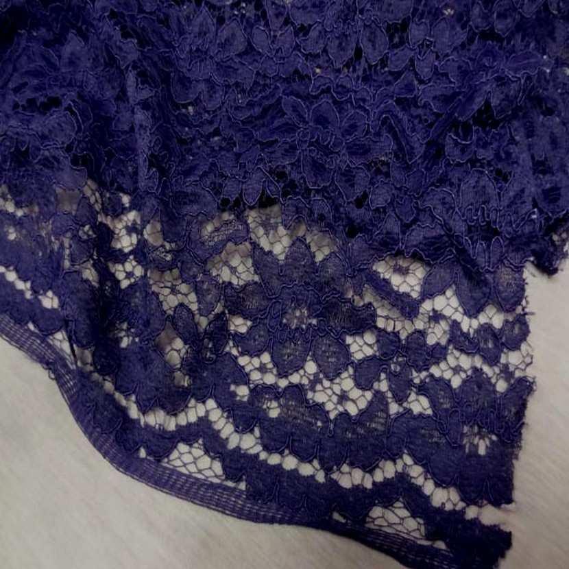 Tres belle dentelle guipure violette2