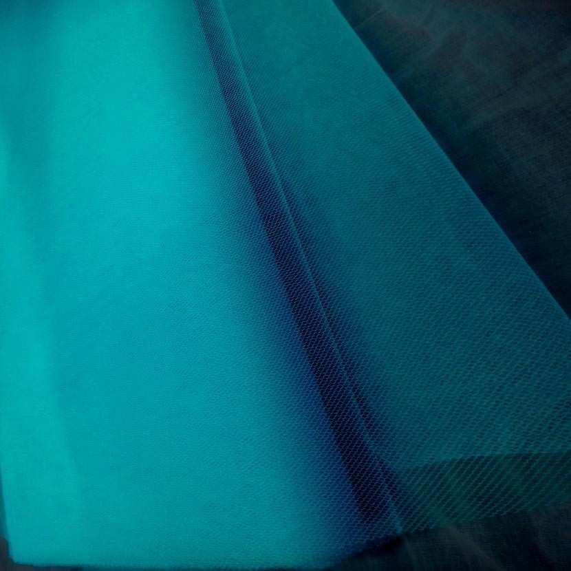 Tulle bleu celeste en 1 40m de large
