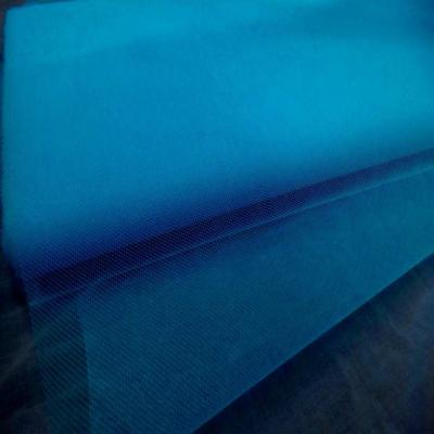 Tulle bleu turquoise en 1 40m de large