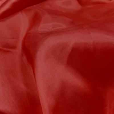 Twil de soie tres fin rouge vermillon