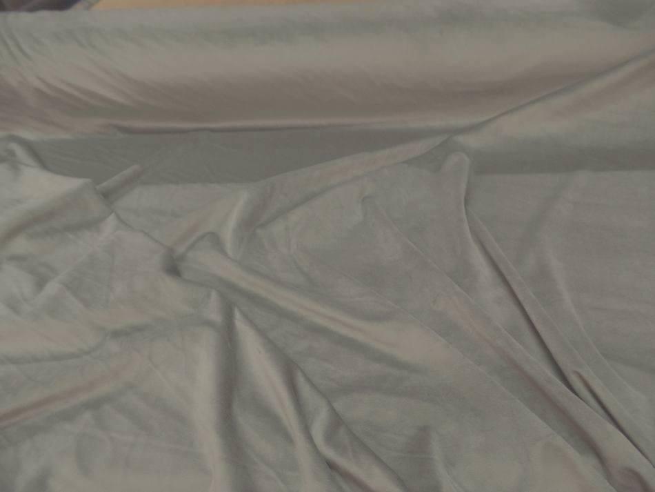 velours ameublement lisse beige en 1.45m de large pas cher sur Marseille