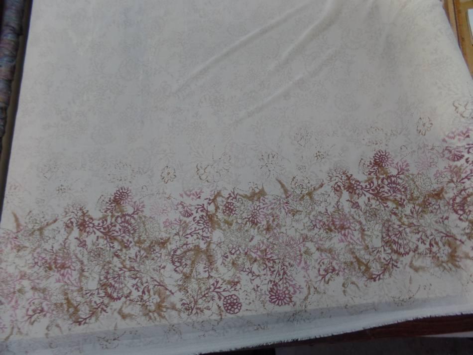 Vente de tissu crepon imprime beige clair en 1 40 m de large